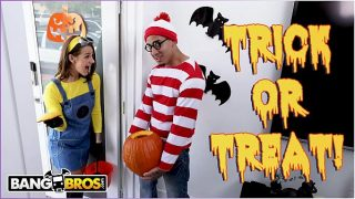 BANGBROS – Trick Or Treat, Smell Evelin Stone's Feet. Bruno Gives Her Something Good To Eat.