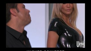 Jessica Drake strips out of her Latex outfit before anal