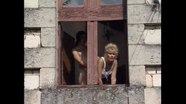 Umiliazioni in Famiglia – 1996 – Italian Porn