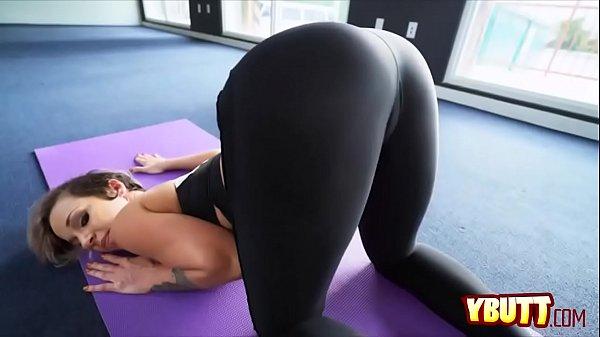 Milf Yoga
